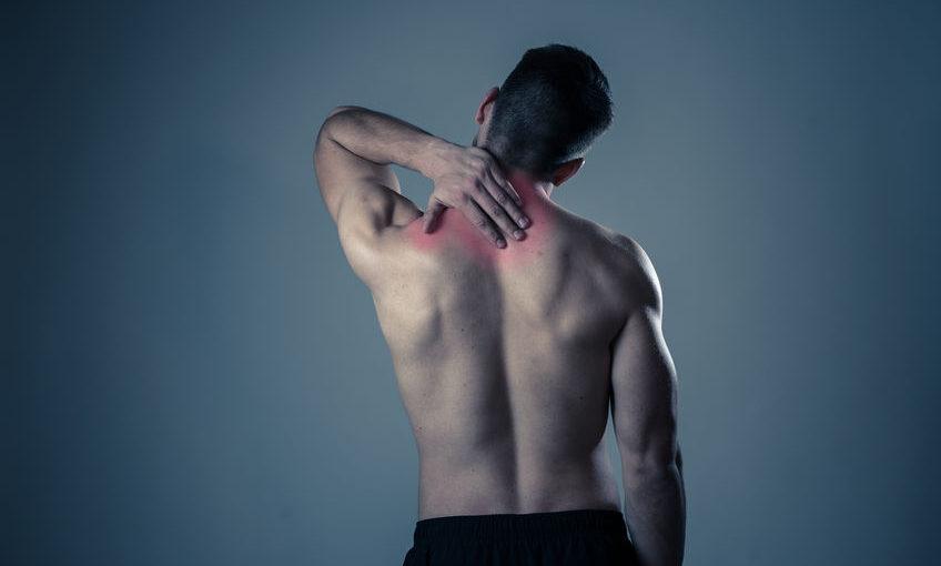 תרגיל להקלה על כאבי גב עליון, כתפיים ושכמות