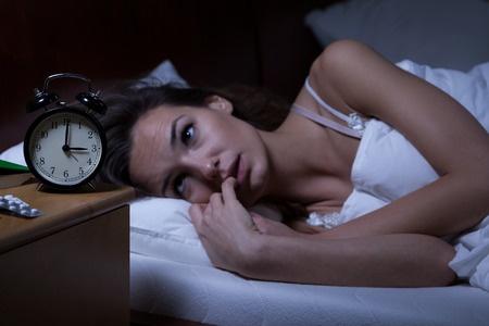 סובלים מקושי להרדם? נקודת לחיצה שיכולה לעזור לכם להרדם בקלות רבה יותר
